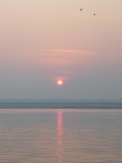 Sunrise at the Ganga
