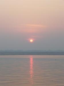 ガンジス川の夜明け
